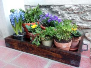 Kvetinovy-box-dreveny