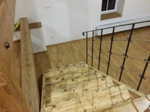 Navy-stylove-drevene-schody