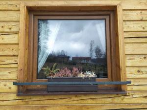 Okenní ohrádka ručně kovaná